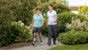 C-Brace® Leg Orthosis: Therapy exercises 16/16 - Outdoor and everyday training